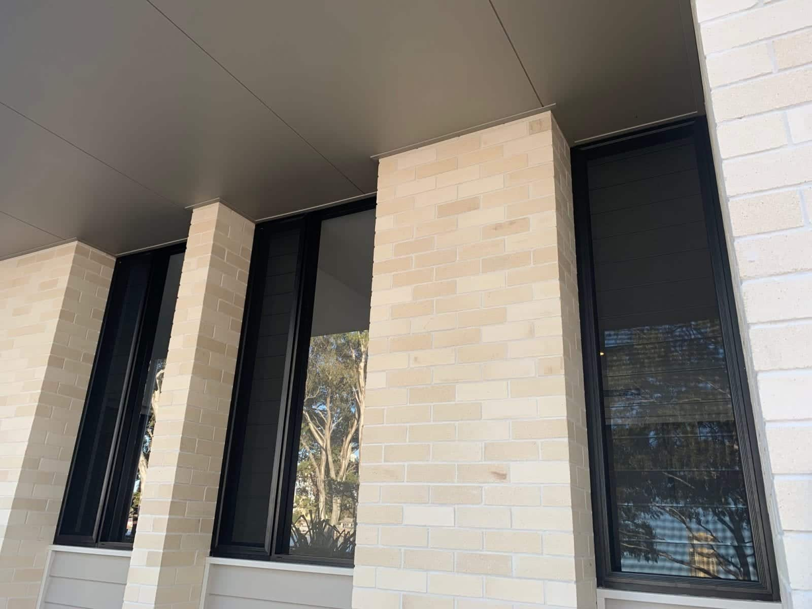 screen sliding windows