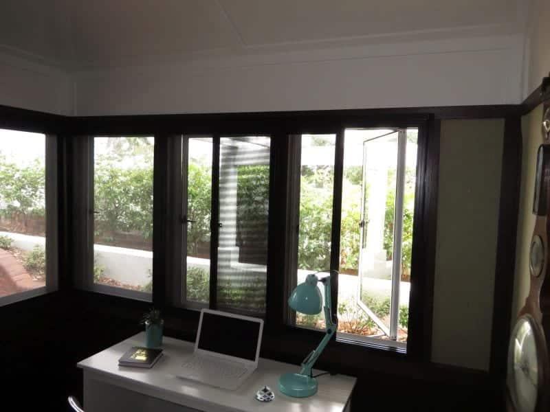 Multiple screen windows-2